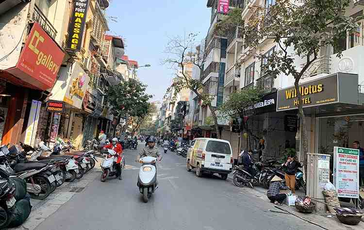 Sai Gon - My Lai - Quang Tri - Hanoi